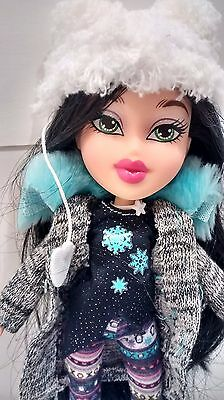 Bratz Snowkissed Jade Doll Outfits Clothing Boots Accessories