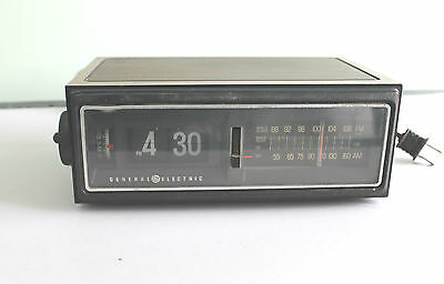 Vtg General Electric Clock Radio, Model 7-4300F