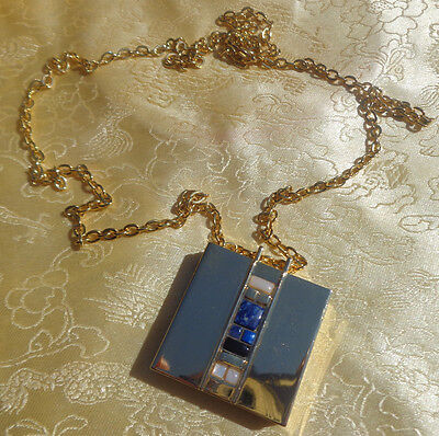 Estee Lauder Private Collection Jasmine White Moss Solid Perfum Compact Necklace