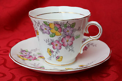 Vintage Colclough China Longton 6593 Handpainted Gilt Floral Teacup & Saucer