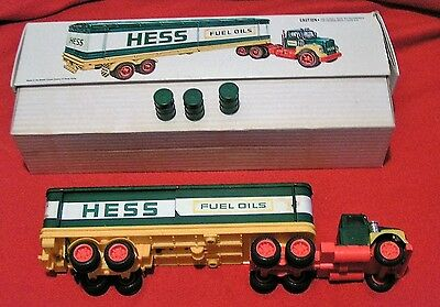 Vintage 1975/1976 Hess Truck In Original Box With 3 Unmarked Oil Barrels