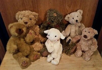 Lot of small vintage teddy bears
