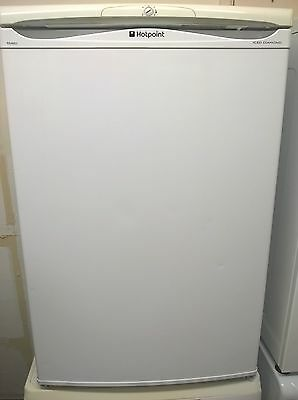 Hotpoint Udercounter 55cm Wide Fridge with **** Freezer Comp in White
