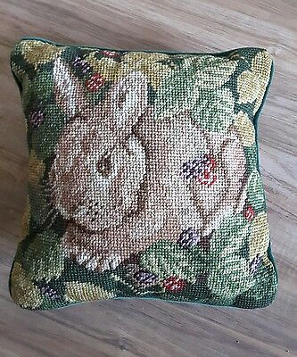 Vintage BUNNY RABBIT Small Decorative Needlepoint Pillow w Removable Cover 10x10
