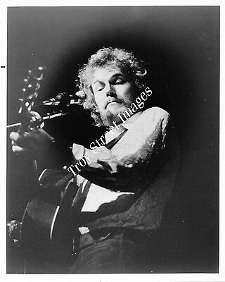 Orig 8x10 promo photo #4 of singer/songwriter GORDON LIGHTFOOT, early 1970s