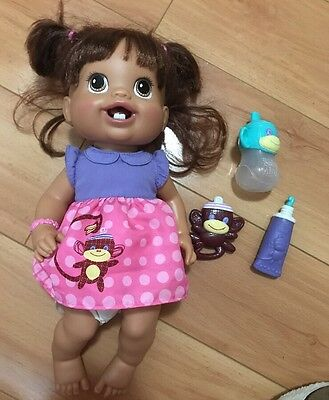 Baby Alive 1st New Teeth Wets Brunette Doll 2010 Hasbro accessories Retired
