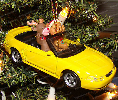 Ford Mustang Convertible Christmas Ornament (Maisto, 1999) 1:39 Die-Cast