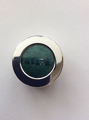 STILA high Metallic Foil Finish Eye Shadow  In Metallic Jade..