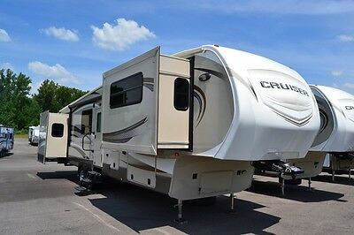 Brand new 2015 Cruiser 362 front living fifth wheel huge clearance sale
