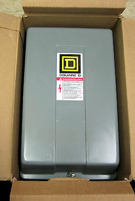 Square D 8903LXG20V02 2-Pole 30Amp Mechanically Held Lighting Contactor 120VCoil