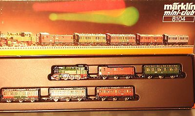 Marklin  Z:  8104 Train Set with Steamloco and Passenger cars