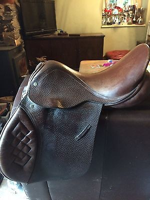"""161/2"""" Cliff Barnsby Brown English Leather GP Saddle"""