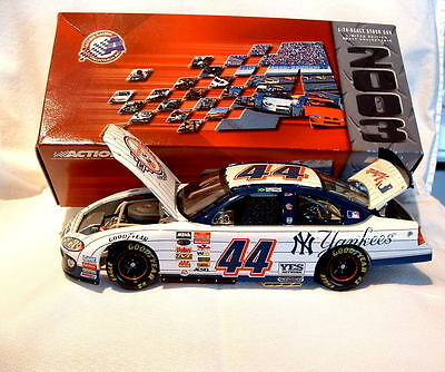 Action 100th Anniversary Yankees Nascar Christian Fittipaldi 2003 Intrepid 1:24