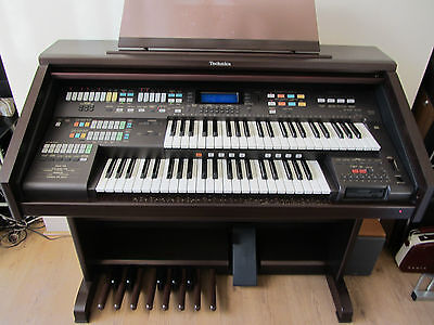 Technics SX EA5 Organ. Immaculate condition, home use only.