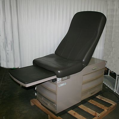 Midmark Ritter 304 Medical Exam Table Chair Bed Stirrups Heated Tray