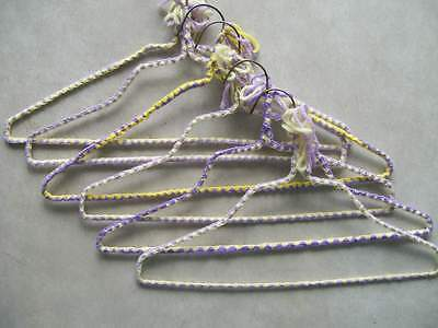 Covered clothes hangers (Yarn)
