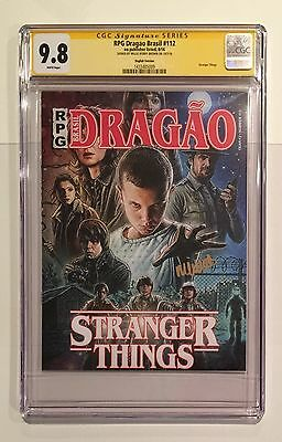 Stranger Things Magazine • Cgc Ss 9.8 • Signed Millie Bobby Brown • 011 Netflix