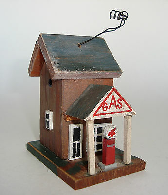 """Hand-Made, Hand-Painted 3"""" x 2 3/4"""" x 1 7/8"""" Wood TEXACO GAS STATION Ornament"""