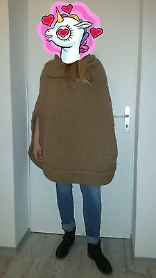 Vintage Gucci Poncho in Alpaca from the 70's in perfect condition