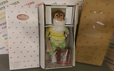 """Ashton Drake LOLA'S LOOK OF WONDER 20"""" Touch Activated Interactive Doll- NEW COA"""