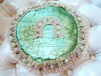 Victorian HANDKERCHIEF HANKIE HOLDER quilted satin netting lace ribbon ROUND
