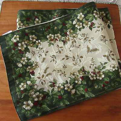 "Extra Long Table Runner Green White Red Floral Holly Ivy Reversible 88"" x 12.5"""