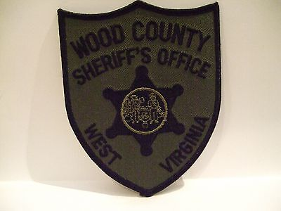 police patch   WOOD COUNTY SHERIFF WEST VIRGINIA  SUBDUED