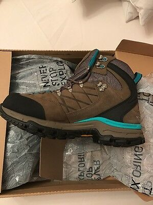 NEW North Face Walking Boots Size 7