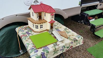 Calico Critters  Doll House Town House EPOCH Toy Town Home LOOK AT PICTURES