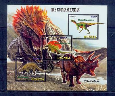 guinea / 2016 dinosaurs series.. /good condition