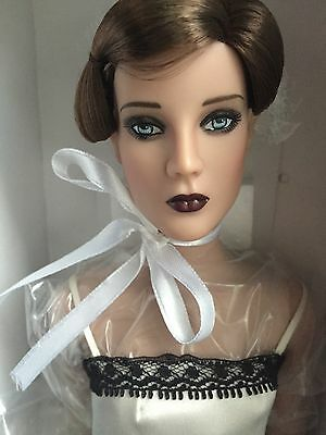 "Tonner Tyler 16"" 2008 Devereaux Sisters Basic Louise Complete Fashion Doll NRFB"