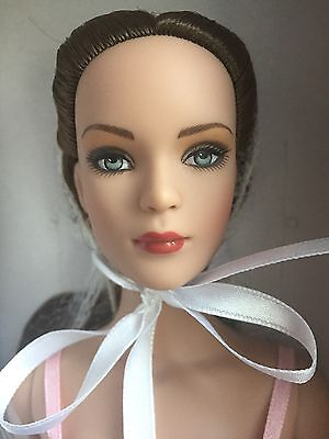 "Tonner 16"" 2006 Basic Tyler Wentworth FAO Schwartz Exclusive Basic Doll NRFB LE"
