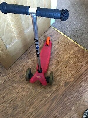 Mini Micro Scooter With T-Bar Handle - Pink. Used