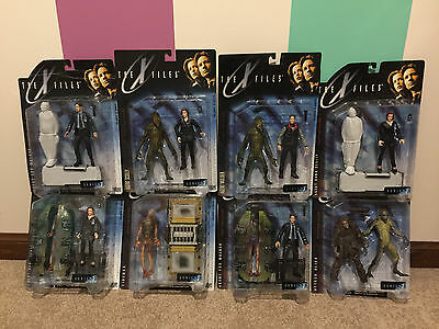 The X-FILES McFarlane Figures - SET of 8 - Brand New and sealed