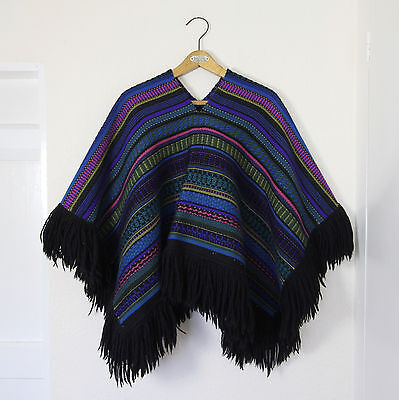 Vintage Traditional Peruvian Mexican Aztec Pure Wool Tapestry Poncho Jacket Coat