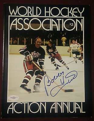 RARE Bobby Hull Jets Signed First Annual WHA Magazine Excellent Condition JSA