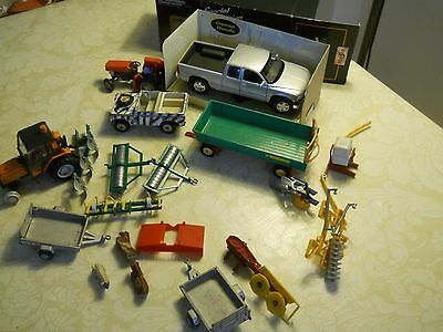 Collection Of Used  Diecast Toys  Farm Items  Britains Etc  In Total       Nt4