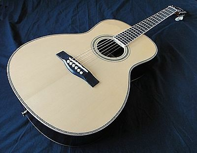 Vintage Style Acoustic Guitar - All Solid Woods - Martin 'OO' Size
