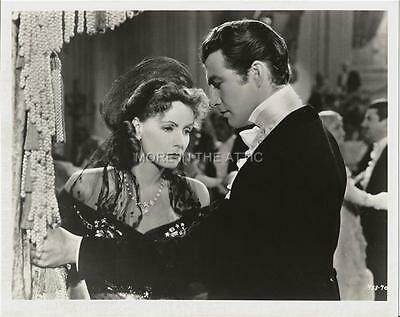Robert Taylor Falls For Greta Garbo In Camille Mgm Hollywood Still #3