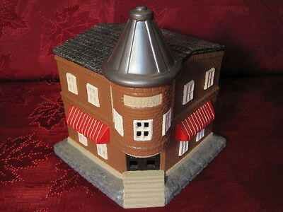 Ceramic Plaster Model Train Railroad Layout Display Corner Bank Building