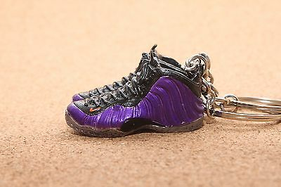 Nike Air Foamposite One Phoenix Suns 3D Keychain Hologram Galaxy Pearlized Pink