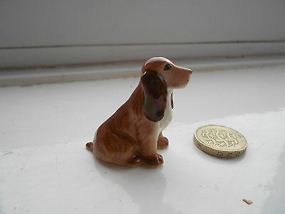 Springer Spaniel - Beautiful Sitting  Miniature Pottery Brown Springer Spaniel