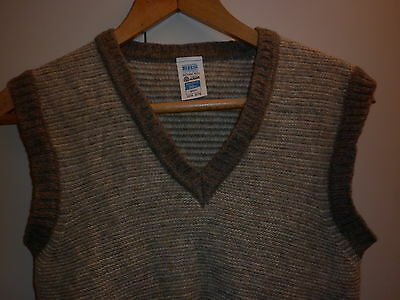 Vintage British Made Small Shetland Wool Vest Excellent Condition