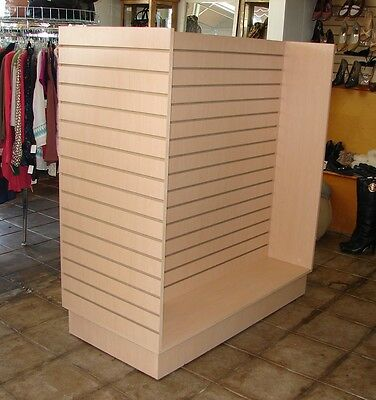 Slatwall H Unit Maple Color Display Store Fixture with Wheels