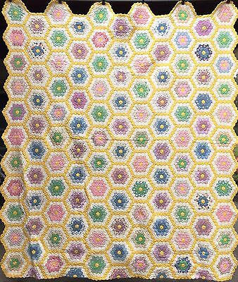 Antique Vintage 1930's GRANDMOTHERS FLOWER GARDEN Quilt