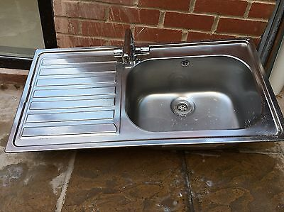 Kitchen Sink One Bowl With Mixer Tap