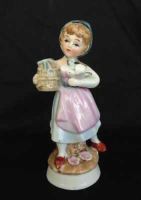 Collectable - Figurine Ornament Young Girl.
