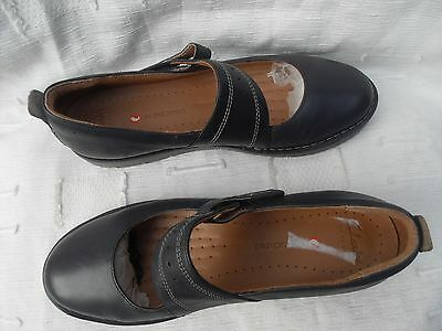 New Ladies Clarks Artisan Unstructured Navy Leather Flat Shoes~ Uk 7D, Eu 41M