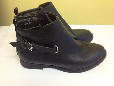 Women's Black Ankle Boots Size 7