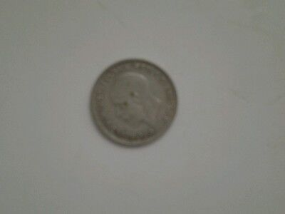 1933 silver sixpence very good condition.